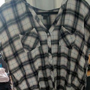 Torrid size 1 blouse